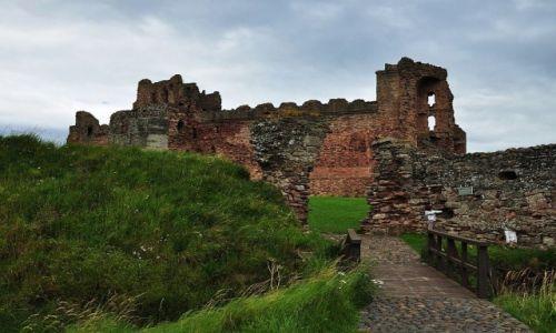 Zdjecie SZKOCJA / East Lothian / niedaleko od North Berick / Tantallon Castle