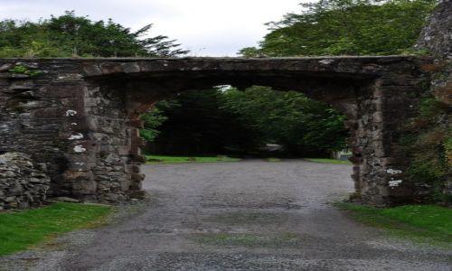 Zdjęcie SZKOCJA / Szkocja / Nie pamiętam / Bramka do domku w górach