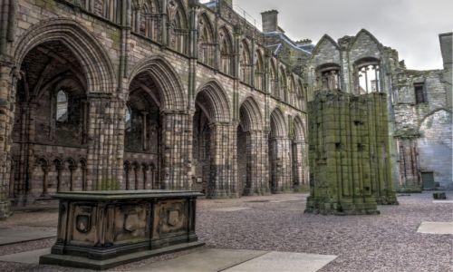 Zdjęcie SZKOCJA / - / Edynburg / Ruiny opactwa przy Pałacy Holyrood