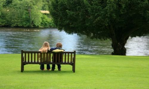 Zdjęcie SZKOCJA / Dunkeld / Nad rzeką Tay / Usiądź pod mym liściem :-)