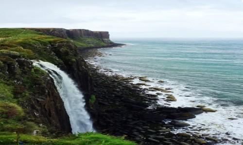SZKOCJA / Wyspa Skye / Loch Mealt / Kilt Rock