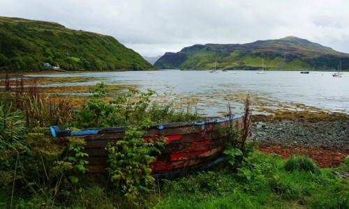 SZKOCJA / Wyspa Skye / Portree / Zapomniana łódź