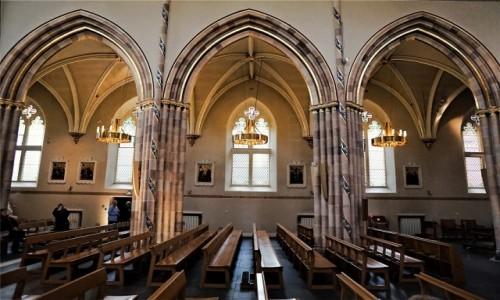 Zdjęcie SZKOCJA / Glasgow / Clyde Street  /  Archikatedra św. Andrzeja
