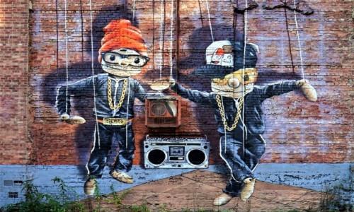 Zdjęcie SZKOCJA / Glasgow / John Street / Marionetki