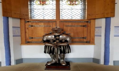 Zdjęcie SZKOCJA / Stirling / Stirling Castle / Zbroja , w każdym zamku musi być rycerz w zbroi :)