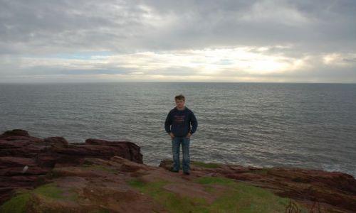 Zdjecie SZKOCJA / Płn- Wsch Szkocja / Arbroath,cliffs / Klify w Abroath z widokiem na Morze Północne