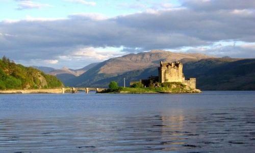 Zdjecie SZKOCJA / Szkocja / Eilean Donan / Szkocki zamek