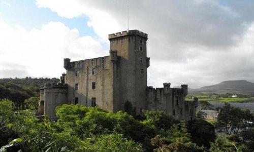 Zdjecie SZKOCJA / Skye Island/Hebrydy Wewnętrzne / Dunvegan / zamek Dunvegan