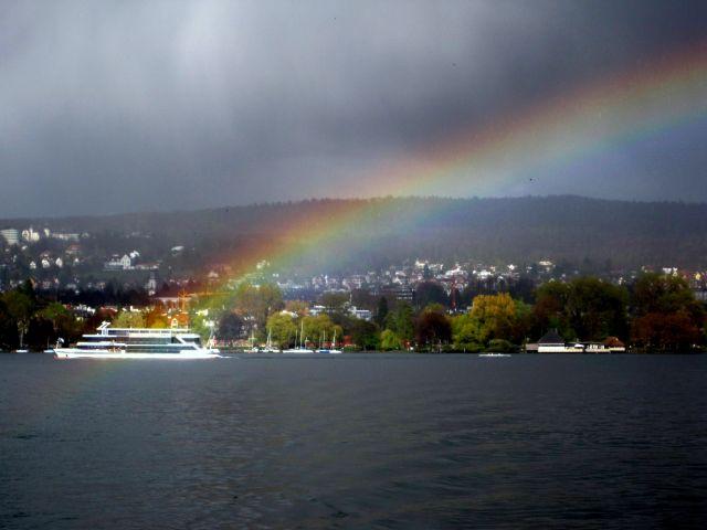 Zdjęcia: Zurich, Rainbow above Zurich lake, SZWAJCARIA