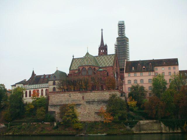 Zdjęcia: basel, widok na katedre bazylejska, SZWAJCARIA
