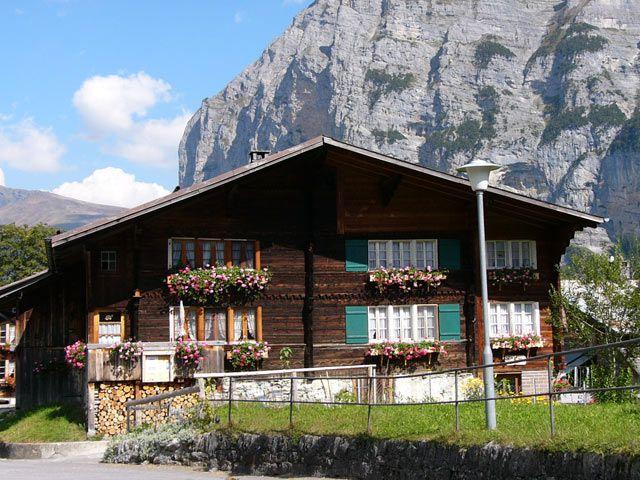 Zdjęcia: Interlaken, Domek, SZWAJCARIA