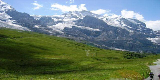 Zdj�cia: Eismeer, Alpy Berne�skie , W drodze na Jungfraujoch , SZWAJCARIA