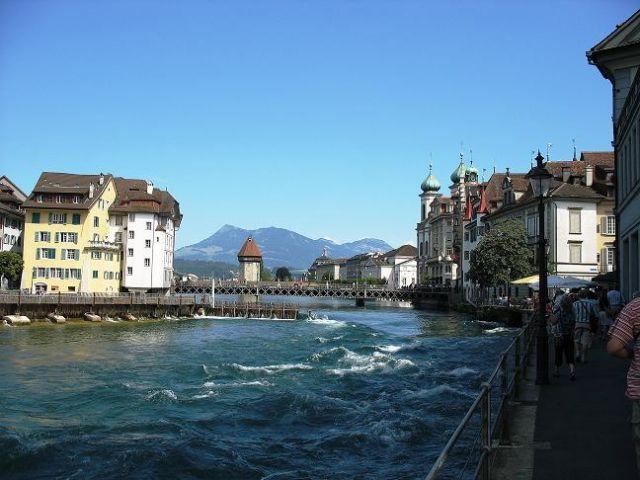 Zdjęcia: Lucerna, Kanton Lucerna, W drodze do Spreuerbrücke, SZWAJCARIA