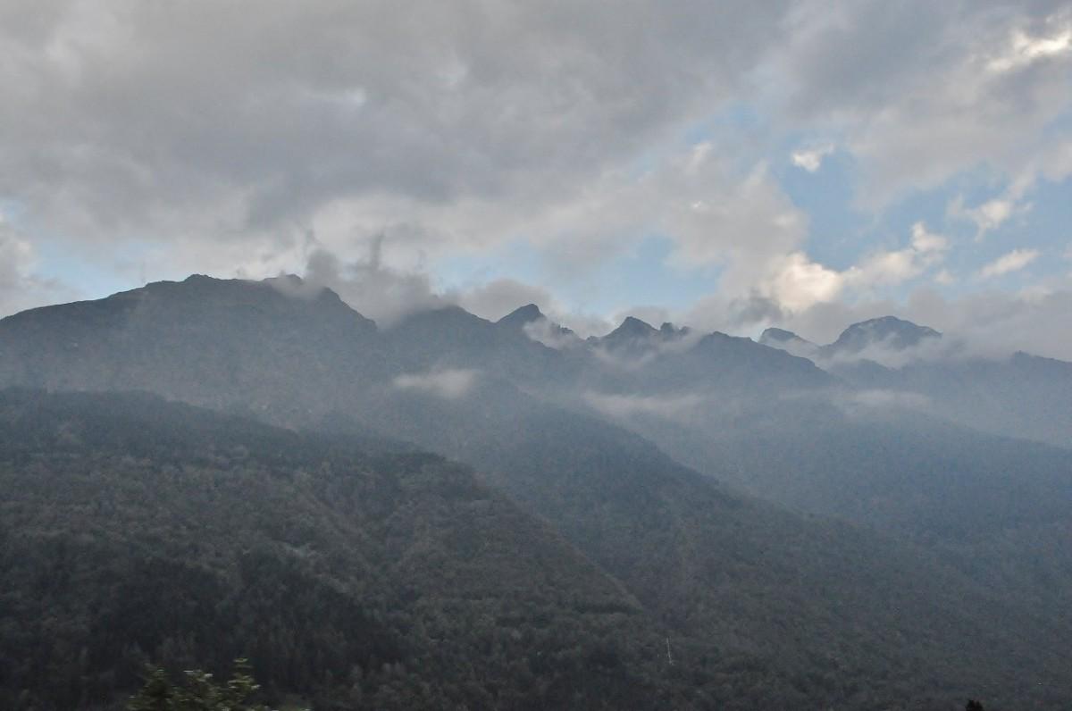 Zdjęcia: Wschód, Wschód, Szwajcarskie klimaty, SZWAJCARIA