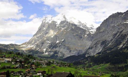 SZWAJCARIA / - / Alpy Berneńskie / W dolinie