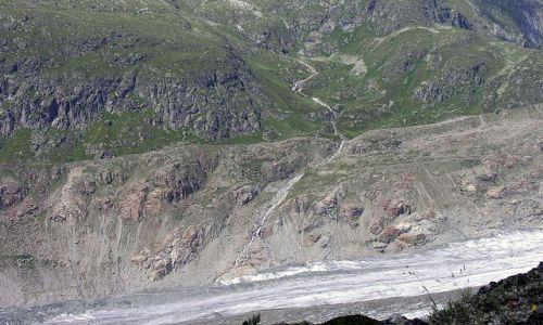 Zdjęcie SZWAJCARIA / Valais / okolice lodowca Aletsch / W dole widać lodowiec Aletsch