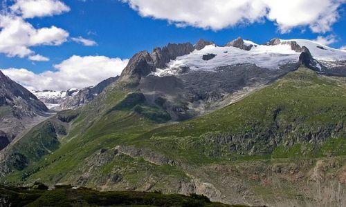 SZWAJCARIA / Valais / okolice lodowca Aletsch / Szlak wzdłuż lodowca
