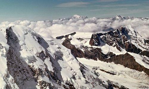 Zdjęcie SZWAJCARIA / Alpy / Na grani Dufourspitze.. / Na grani