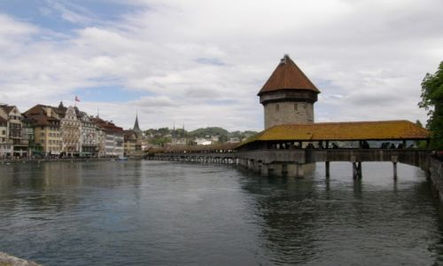 Zdjecie SZWAJCARIA / Kanton Lucerna / Most Kapliczny na rzece Reus / Spacerek po Lucernie