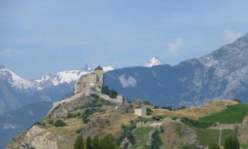 Zdjecie SZWAJCARIA / Vallis / okolice Sion / Sion-ruiny zamku Tourbillon