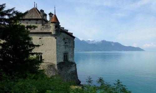 Zdjęcie SZWAJCARIA / Vaud / Montreux-Jezioro Genewskie /  średniowieczny zamek Chillon