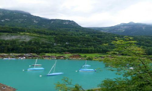 Zdjecie SZWAJCARIA / okolice Interlaken / Iseltwald / ujęcie jak pocztówkach z tej okolicy