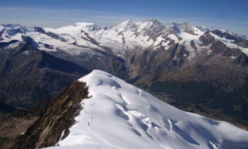 SZWAJCARIA / Kanton Valais / Alpy Zachodnie / W drodze na Weissmies.