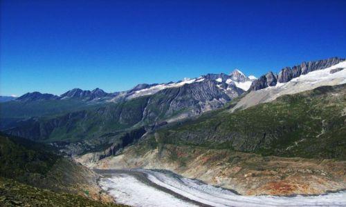 Zdjęcie SZWAJCARIA / Alpy szwajc. / Aletschgletscher / kupa lodu