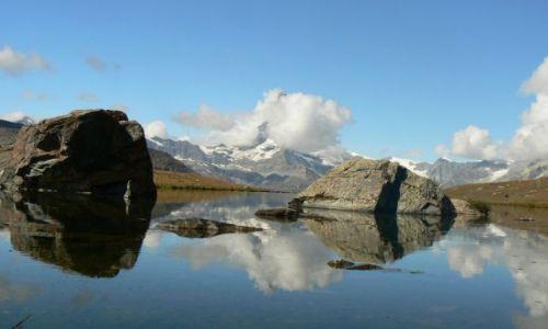 SZWAJCARIA / Alpy Szwajcarskie  / Alpy Szwajcarskie  / Matterhorn 'zadymiony'...