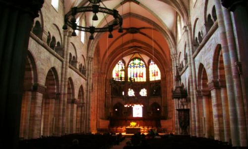 Zdjecie SZWAJCARIA / brak / basel / wnetrze katedry
