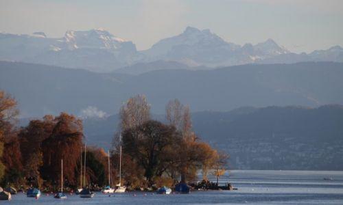 Zdj�cie SZWAJCARIA / - / Zurich / Jesie� w Alpach