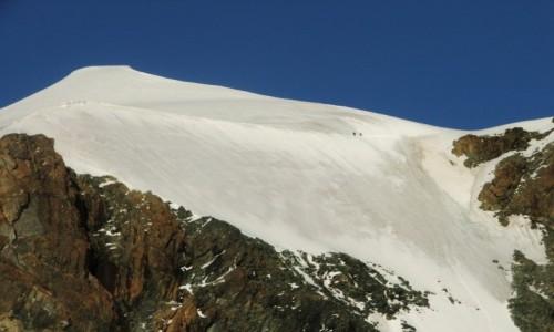 Zdjecie SZWAJCARIA / Zermatt / przełęcz Zwillingsjoch / Pollux 4092 m.npm masyw Breithorna