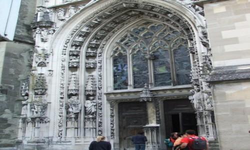 Zdjęcie SZWAJCARIA / Kanton Vaud / Lozanna / Zachodni portal katedry