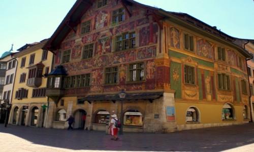 Zdjecie SZWAJCARIA / Schaffhausen / Schaffhausen / - piękna fasada domu-