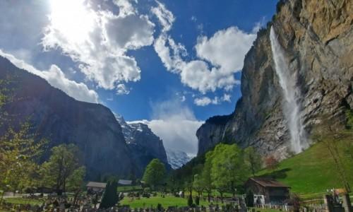 Zdjecie SZWAJCARIA / Alpy Berneńskie / Lautenbrunnen / Najpiękniejsza alpejska dolina