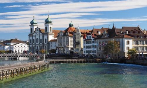 Zdjecie SZWAJCARIA / Kanton Lucerna / Lucerna / Nad rzeką Reuss