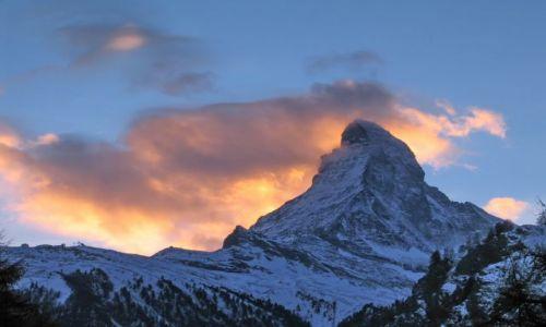 Zdjecie SZWAJCARIA / Wallis / Zermatt / Matterhorn o zachodzie słońca