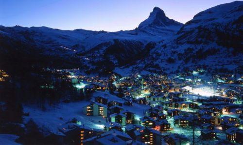 Zdjecie SZWAJCARIA / Wallis / Zermatt / Zermatt nocą