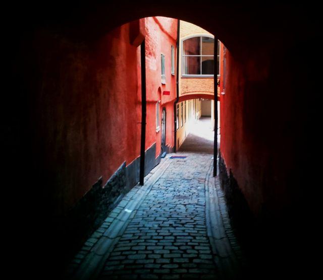 Zdjęcia: Sztokholm, Jedna z uliczek na Gamla Stan, SZWECJA