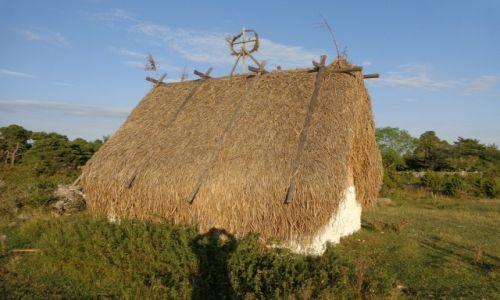 Zdjęcie SZWECJA / Faro / Starożytna osada na wysepce. / Rowerem po wyspach szwedzkich.