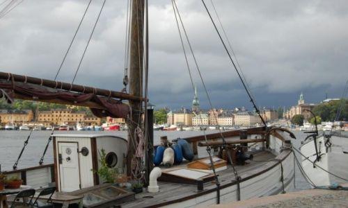 SZWECJA / Stockholm / Sztokholm / Widok z promenady Strandvagen w Sztokholmie