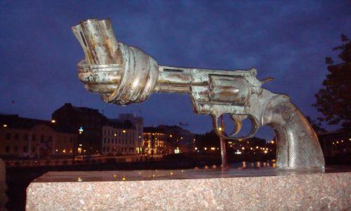 Zdjecie SZWECJA / malmo / malmo / przeciw przemocy