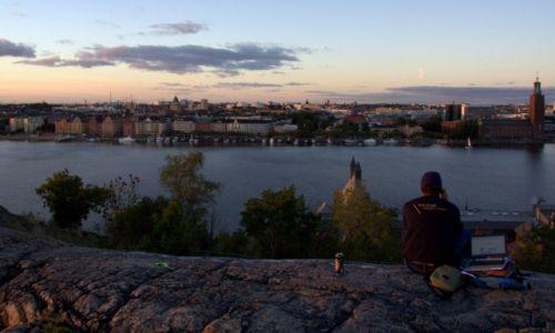 Zdjecie SZWECJA / Sztokholm / Skinnarviksberget / Biuro pod chmurką :)