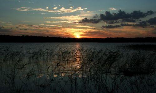 Zdjęcie SZWECJA / Blekinge / Forkesjon / Zachód słońca nad jeziorem Forkesjon