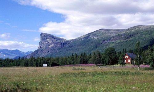 Zdjecie SZWECJA / Lappland / na szlaku / Aktse przy jeziorze Laitaure