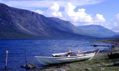 Zdjecie SZWECJA / Lappland / jezioro Teusajaure / pierwsza przeprawa