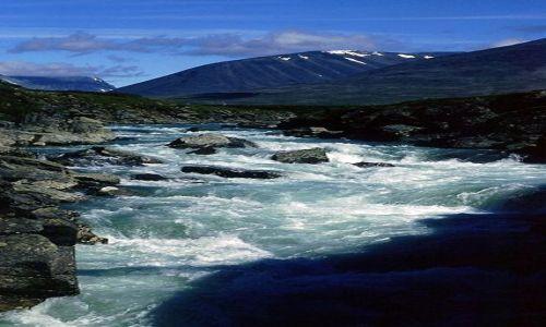 SZWECJA / Lappland / na szlaku / górska rzeka