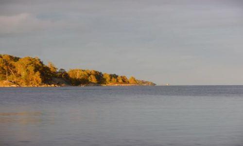 Zdjecie SZWECJA / orebro / szkiery / w stronę morza