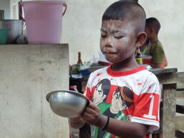 Zdjęcia: Phuket, Phuket, Chłopiec, TAJLANDIA