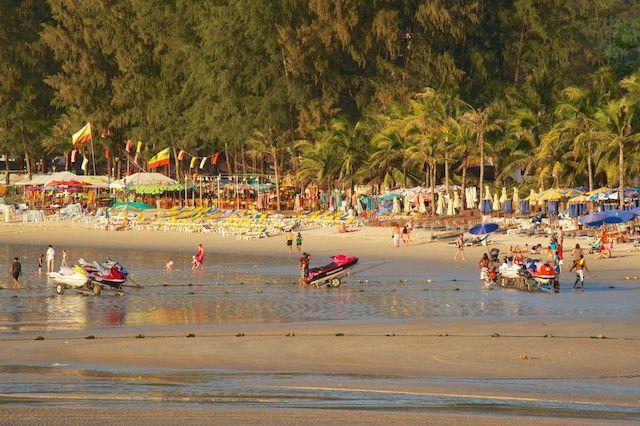 Zdjęcia: Kamala Beach, Phuket, Koniec dnia na plazy (Kamala Beach, Phuket), TAJLANDIA